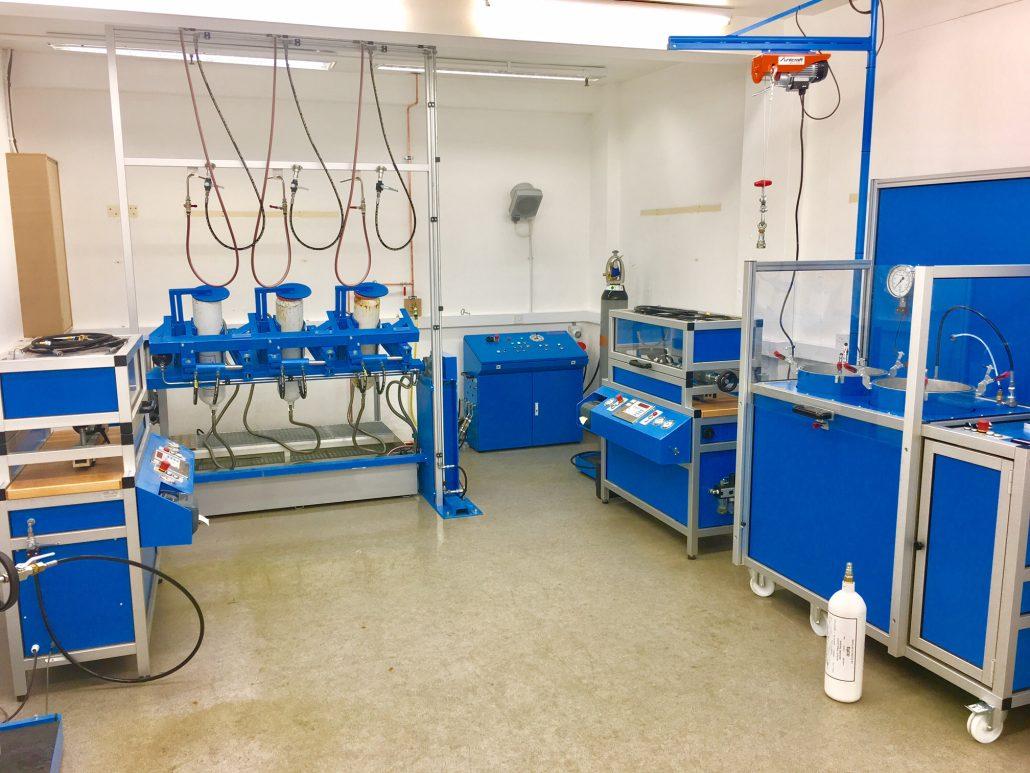 Anlagen für Druckgasbehälterprüfung/Ships Service Companies